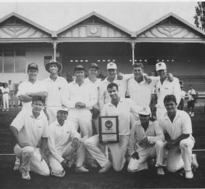 Photo of Chris Owen and the A-grade 1992/93 premiership team