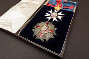 An image of badge, star and riband