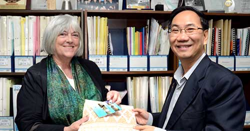Mary Griffiths and the President of Universiti Tunku Abdul Rahman, Ir. Professor Academician Dato' Dr. Chuah Hean Telk