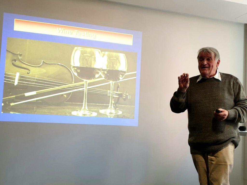 Graham Ellender talking on wine flavour perception