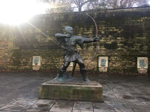 Statue of Robin Hood in the market square.