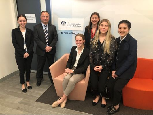 Law Students Elisia Cardone, Mario Pegol,. Olivia Sprod, Chloe Eisele, Elise Stephenson and Kuay Wong at the new AAT Legal Advice Service.