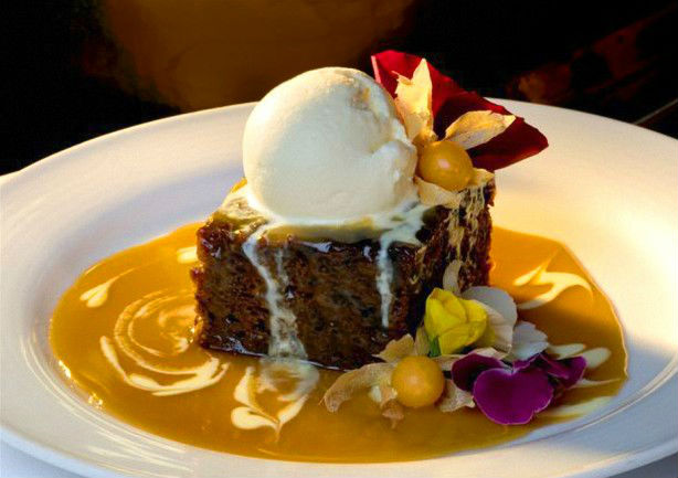 Sticky Date Pudding in all of it's gooey glory. Image from Road Stories Canada accessed 15/06/2017.